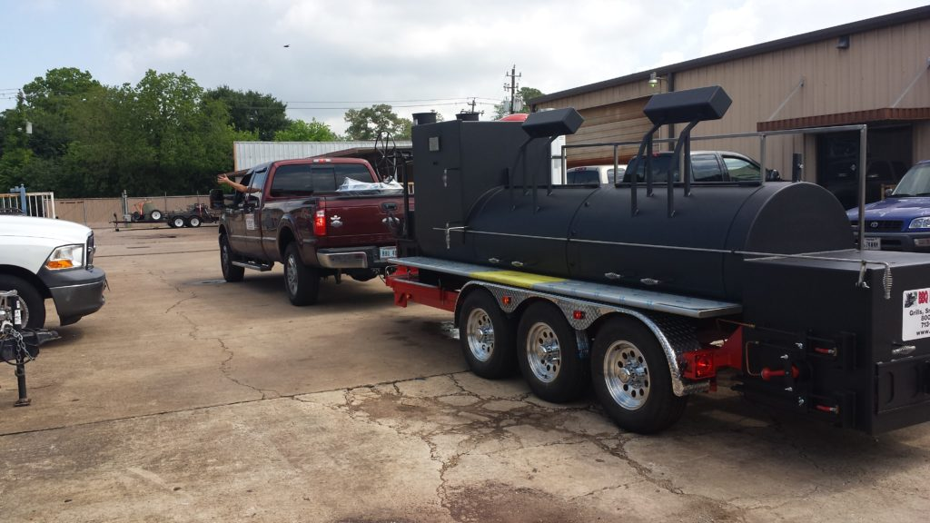 Knoxville Mobile bbq smoker