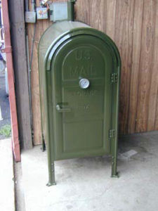 Mail box, Klose BBQ pit, Texas BBQ smoker,